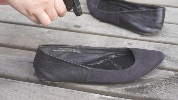 Så får du skorna att lukta gott igen