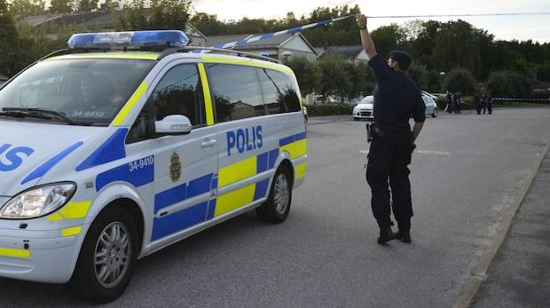 Misstanken: 38-åring högg ihjäl sina föräldrar med en yxa