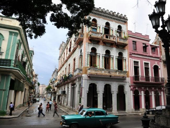 Kuba har slut på de lokala ölfavoriterna Cristal och Bucanero sedan en storm av amerikanska turister kommit de senaste veckorna.