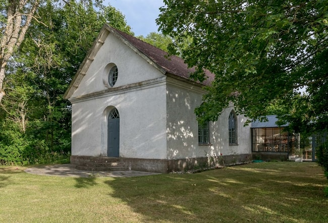 Kapellet från 1896 är nu till salu på Hemnet.