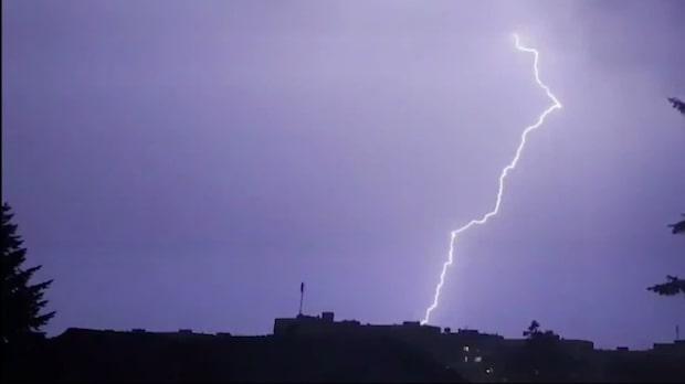 Dramatiskt åskväder i Bulgarien