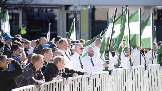 Nordiska motståndsrörelsen demonstrerar i Falun. Foto: SVEN LINDWALL