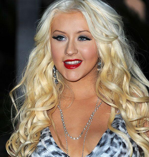 Christina Aguilera näst intill oigenkännlig på bilderna