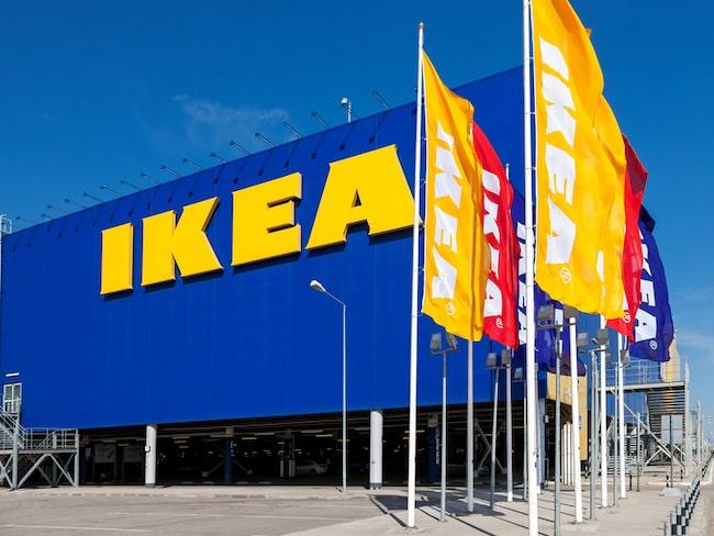 Den som kissar positivt på annonsen får fram en rabattkod på en spjälsäng hos Ikea.