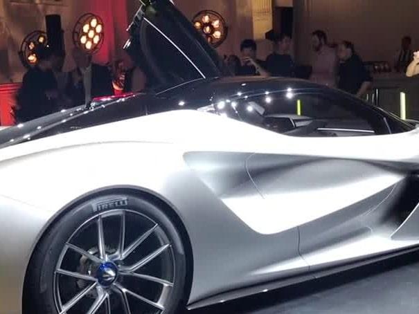 Se nya superbilen från brittiska Lotus