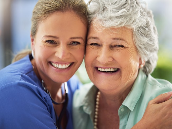 Vid en stroke slutar plötsligt flera funktioner i kroppen att fungera som de ska.