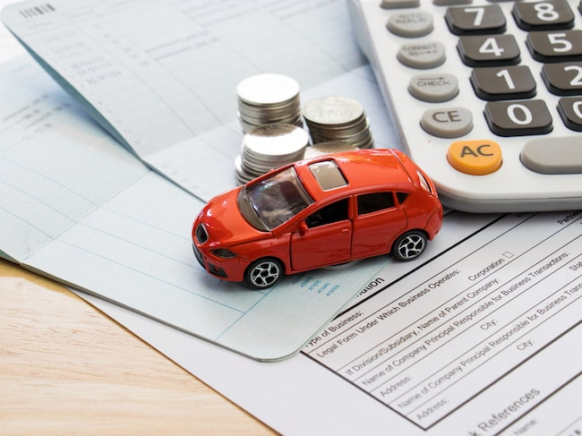 Innan du skaffar bil, gör en budget så du vet vad kommer att kosta.