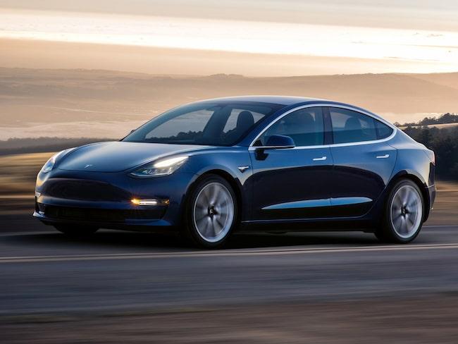 Teslas förväntade produktionstakt av Model 3 försenas ytterligare.
