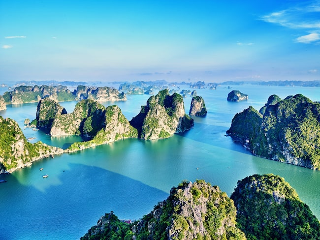 Vietnam kommer på 20:e plats när Rough Guides läsare har rankat världens 20 vackraste länder.