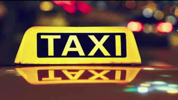 Par knivhotade taxichaufför