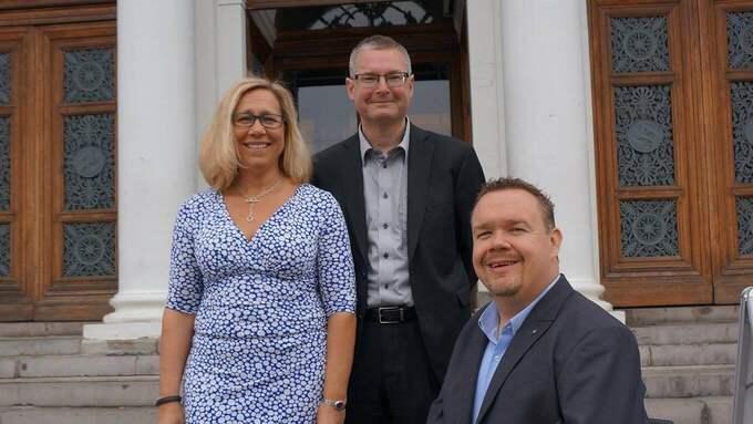 Helene Odenjung, L, Jonas Ransgård, M, David Lega, KD. Foto: Pressbild.