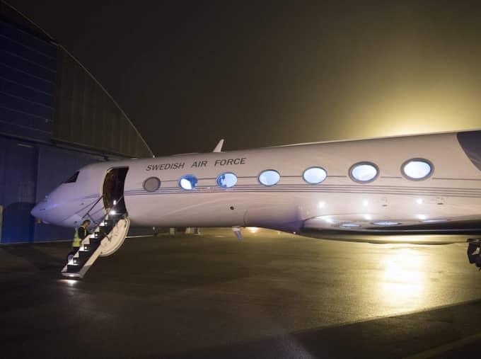 Regeringsplanet. Ett av de tre jetplan som används som regeringsflygplan. Det är två flygplan av typen Gulfstream IV och ett av typen Gulfstream G550. Foto: Sven Lindwall