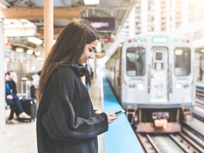 Det låter kanske lite tokigt. Men på visa sträckor inom Europa är tåget inte bara ett mer miljövänligt resealternativ, utan också ett snabbare.