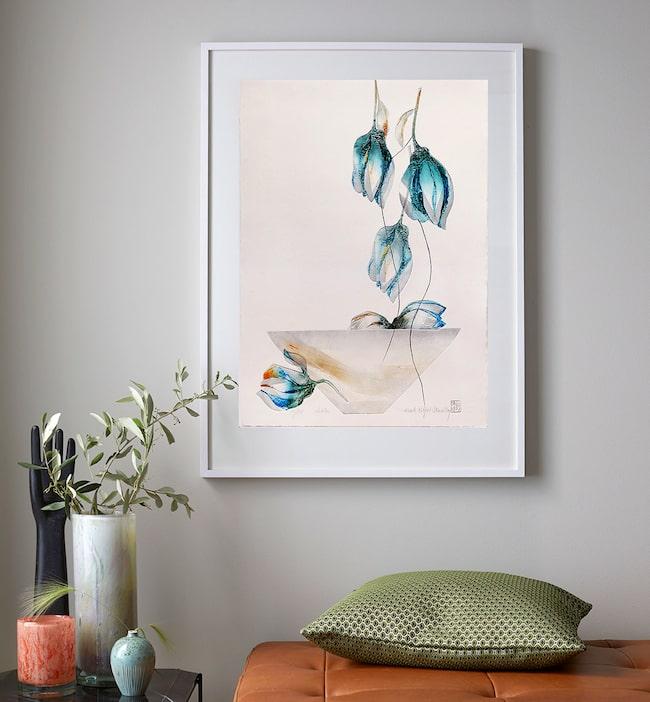 Hos Kersti Rågfelt Strandberg är blommorna inte verklighetstrogna utan speglar livet och är fulla av symbolik.