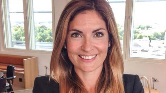 Emma Persson, boendeekonom på SBAB, anser att köparnas förväntningar måste anpassas efter den hysteriska prisbilden.