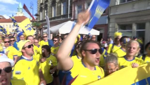 Fansens mäktiga marsch till arenan