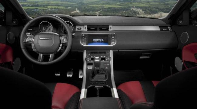 """Range Rover Evoque. """"Lyxigt och robust samtidigt - Range Rover får det att se enkelt ut""""."""