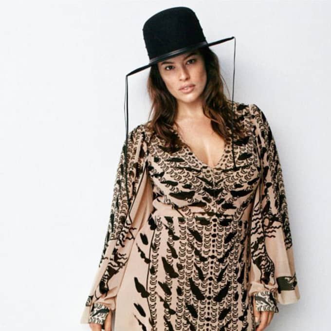 Ashley Graham, 28, frontar H&M:s höstkollektion. Foto: H&M