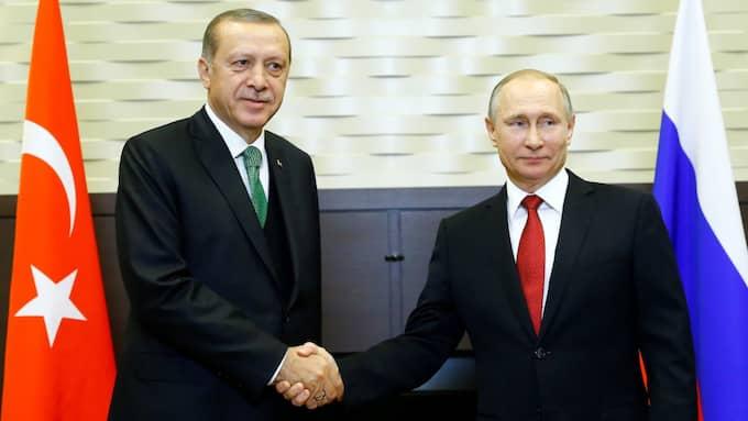 Inför resan sa Erdogan: – Siktet är inställt på att stoppa blodspillan så fort som möjligt, och att skydda landets territoriella enhet samt att hitta en politisk lösning. Foto: /Aa/Tt / ANADOLU AJANSI TT NYHETSBYRÅN