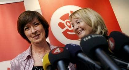 Monas Sahlin utsåg Marita Ulvskog till toppkandidat i EU-valet. Medlemmarna fick inte rösta. Foto: ROBBAN ANDERSSON