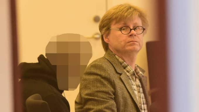 Den 28-årige HIF-supportern står åtalad misstänkt för vållande till annans död. Åklagaren vill att han döms till minst sex månaders fängelse för vållande till annans död medan 28-åringen anser att han handlade i nödvärn. Foto: Tomas Leprince/Expressen