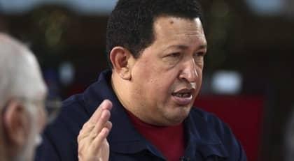 Chavez och santos traffas i bogota