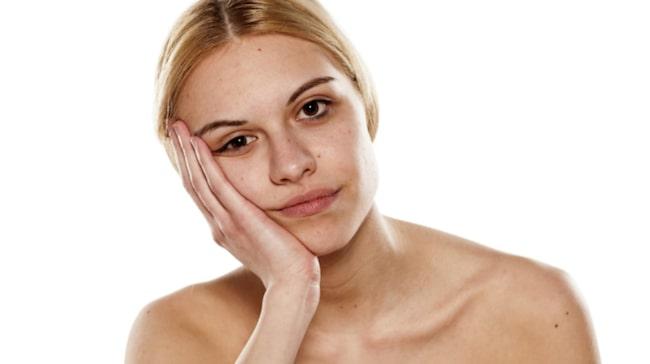muskelryckningar i ansiktet