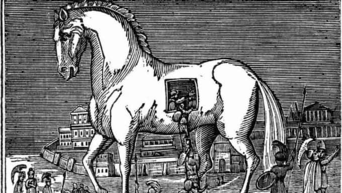 """Göran Adamson - smockar vänstern från vänster. . Foto: PRIVAT KLAMPAR IN. Göran Adamsons slutord är en brandfackla: """"Vi tror mångfald är vänster, men den är höger. Mångfald är en attack mot modernitet. Det svenska samhället har fått en trojansk häst över tröskeln."""""""