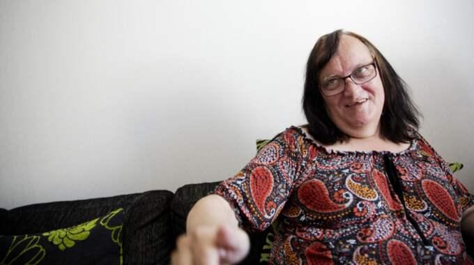 Transsexuella Maria Hansson Nielsen, 63, anklagar ett försäljningsställe i centrala Stockholm för diskriminering. Foto: Lisa Mattisson