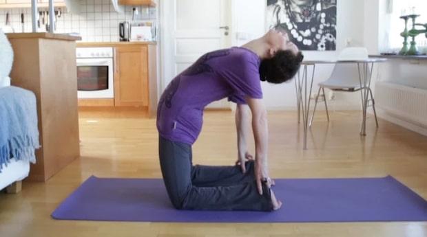 Yogaövning: Kamelen