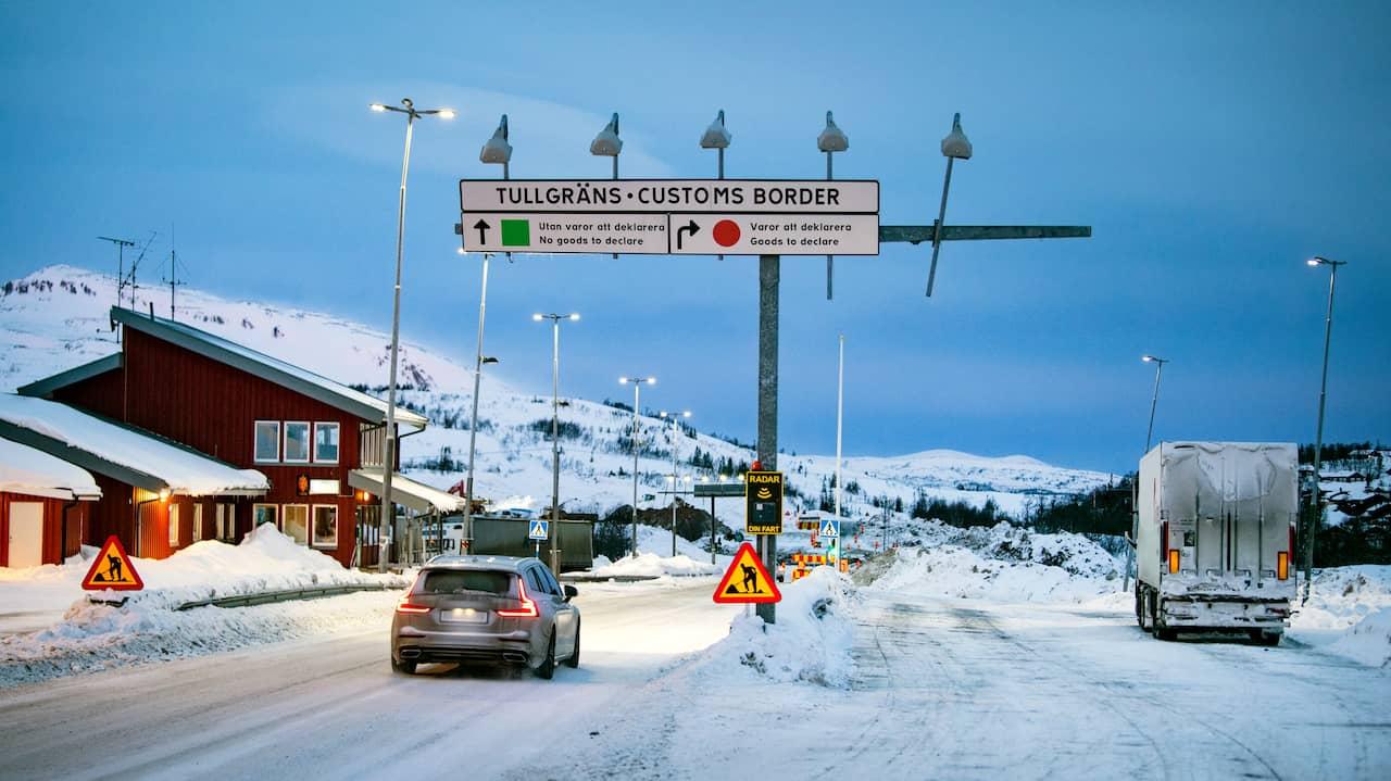 Flera vägar till Norge stängda efter testkrav