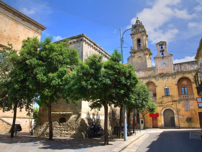Staden Tricase är några kilometer från havet är liten, sömnig och trivsam.
