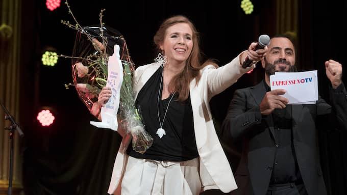 Tilde Björfors tar emot teaterpriset förra året. Foto: SVEN LINDWALL