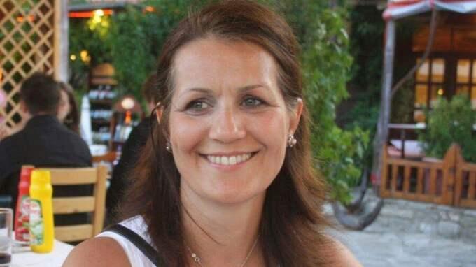 Läkaren och tvåbarnsmamman Helin Burkay, 50, kördes ihjäl av en mc-förare på Järvafältet i Stockholm i april förra året. Foto: PRIVAT / PRIVAT