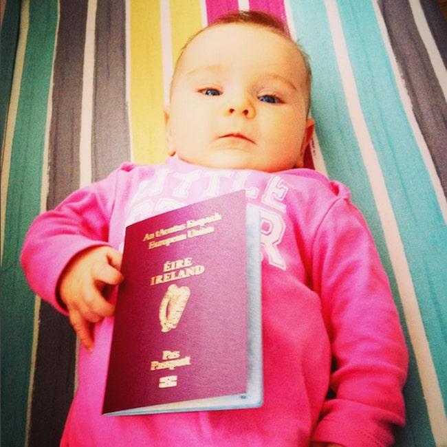 <span>Lilla Esmé fick sitt pass när hon bara var några veckor gammal.</span>