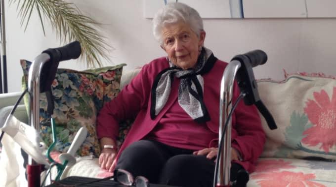 """""""Ruth, 92, förvägras plats på äldreboende"""", säger Ruth Johansson. Foto: Mikael Falk/Sveriges Radio"""