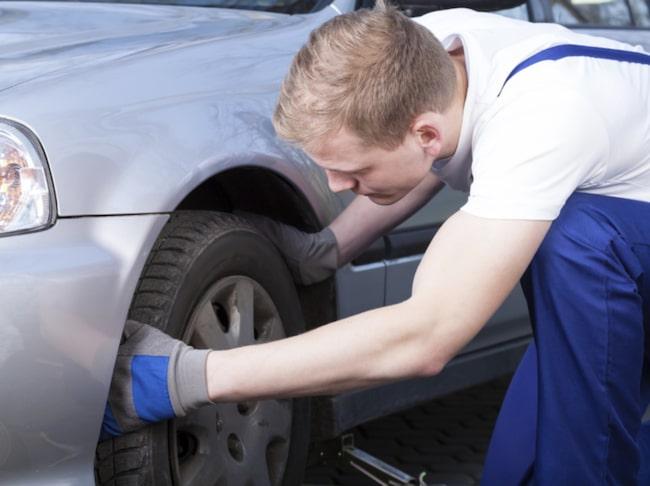 Glöm inte att jämföra priser när du ska beställa nya däck – det kan skilja flera tusen i vissa fall.