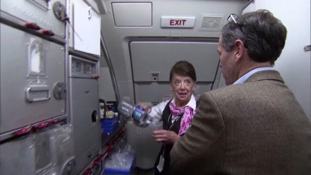 Möt 81-åriga Bette - som arbetat som flygvärdinna i 60 år