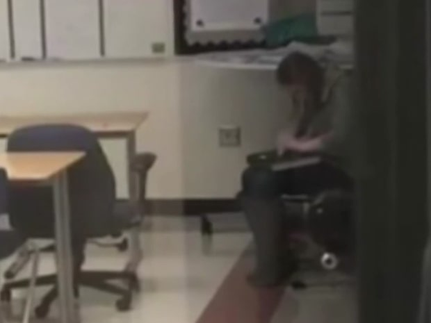 Elevernas film avslöjade lärarinnans brott