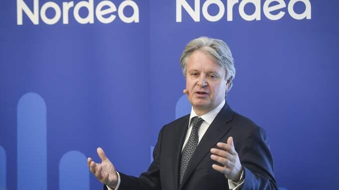 Nordeas koncernchef Casper von Koskull har mycket att förklara för aktieägana innan de är beredda att ge grönt ljus till flytten av koncernkontoret från Stockholm till Helsingfors. Foto: KIMMO BRANDT / EPA / TT / EPA TT NYHETSBYRÅN