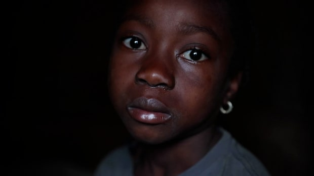 """Chinaylove, 8 togs ur skolan: """"Jag diskar och städar"""""""