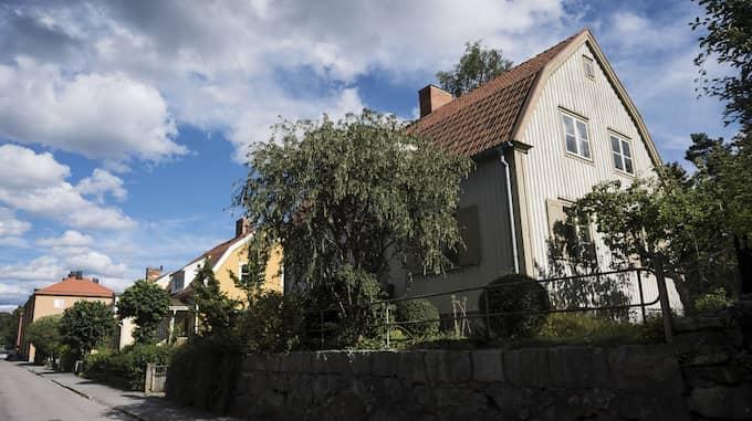 Villamarknaden är sval i Sverige just nu. Orsaken är bristen på utbud. Foto: Vilhelm Stokstad / TT NYHETSBYRÅN
