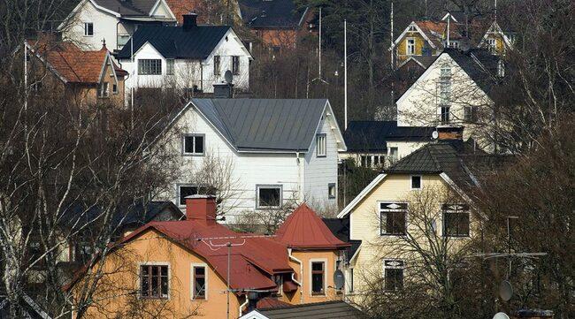Det är framförallt äldre småhus som drabbas av skador. Många svenska 60- och 70-talshus har fått fuktskador.
