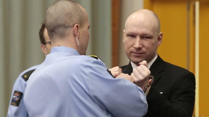 Under tisdagen hölls rättegången i Telemarksfängelsets gymnastiksal. Foto: NTB/TT