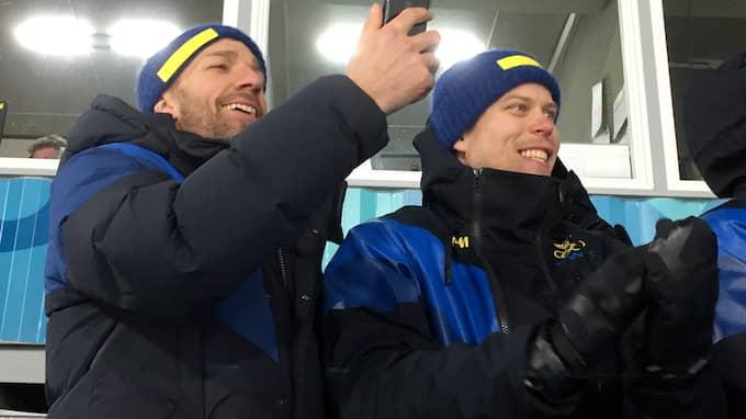 Joel Lundqvist och Viktor Fasth på plats under Stinas guldlopp. Foto: MAGNUS NYSTRÖM