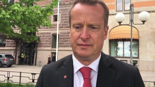 """Inrikesminister Anders Ygeman om dådet i Manchester: """"Känner ilska och vrede"""""""