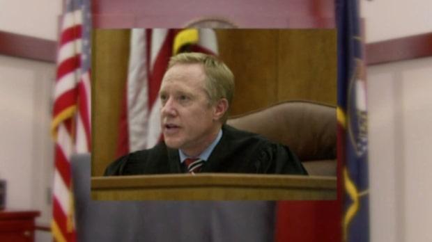 Domare hyllade våldtäktsman inför offret