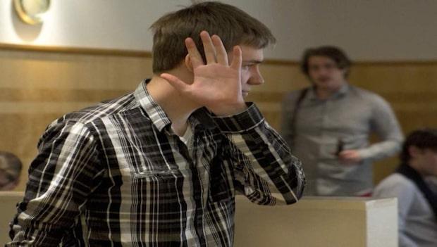 Dömd mördare ger nya uppgifter i hemligt möte