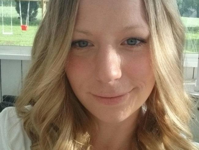 Emma Rosenqvist, 28, från Töreboda vet hur man gör sin egen ringblomssalva hemma  –så enkelt! Läs nedan.