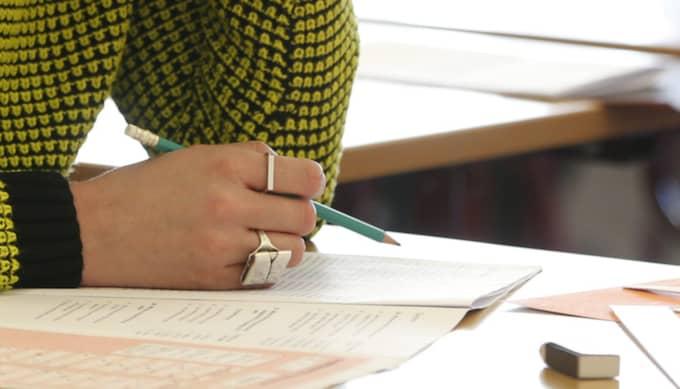 Universitets- och högskolerådet (UHR) vill skärpa reglerna för fusk på högskoleprovet. Foto: Fredrik Persson / Scanpix